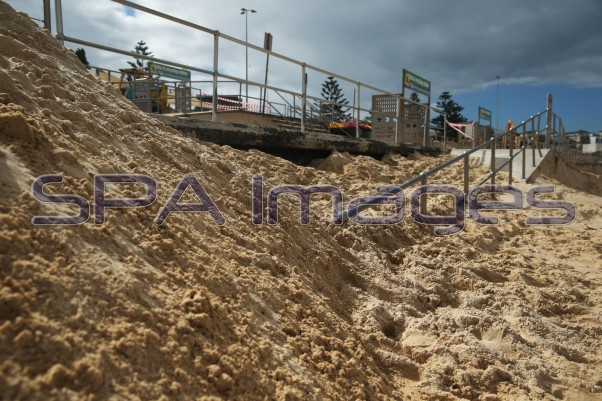 Bondi Beach Sand Storm 230415D-2276.JPG