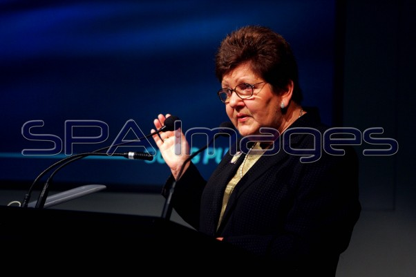 Kirner, Joan speaking 150904D-0877.JPG