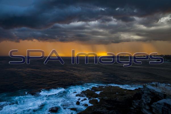 Bondi Beach Storms 061115D-1572R.jpg