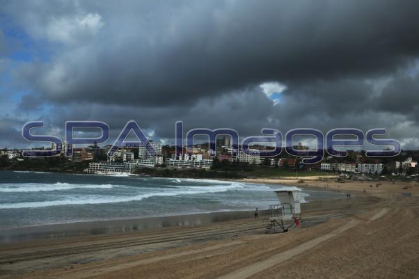 Bondi Beach 230415D-2072.JPG