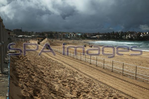 Bondi Beach Sand Storm 230415D-2081.JPG