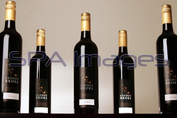 Wine Bottles 010507D-1000.JPG