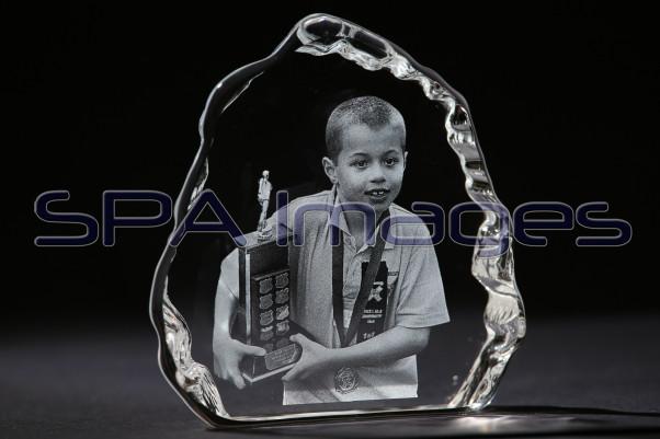 2D Ice Crystal Samples 241214D-0792.JPG