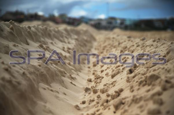 Bondi Beach Sand Storm 230415D-2231.JPG