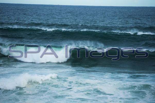 Big Waves Bronte Beach 300115D-0148.JPG